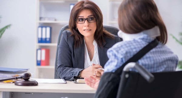 Important things to look for in personal injury lawyer